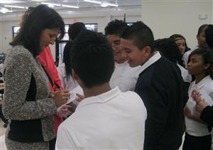 photo of Governor Nikki Haley and students