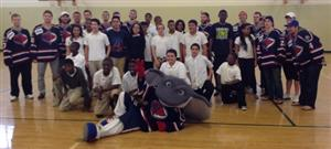 photo of Stingrays and 8th graders