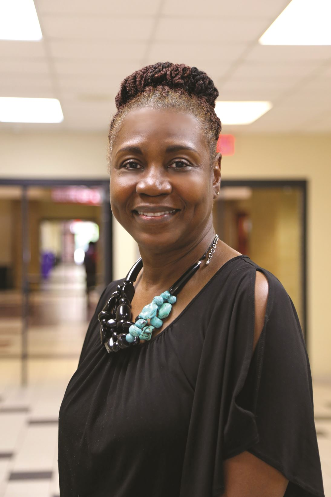 Image of Wanda Sheats, Principal.