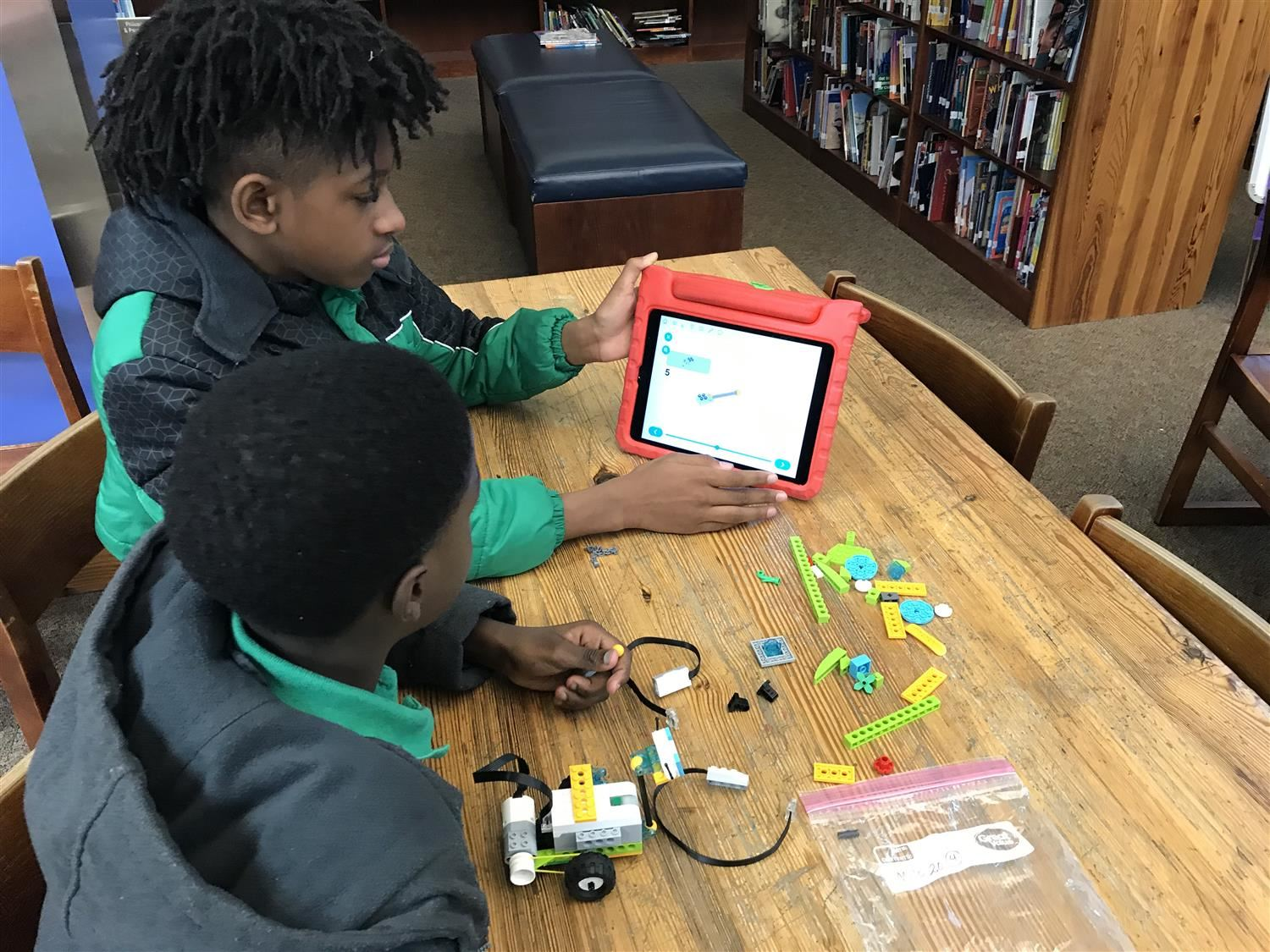 boys building robot-photo from 2019