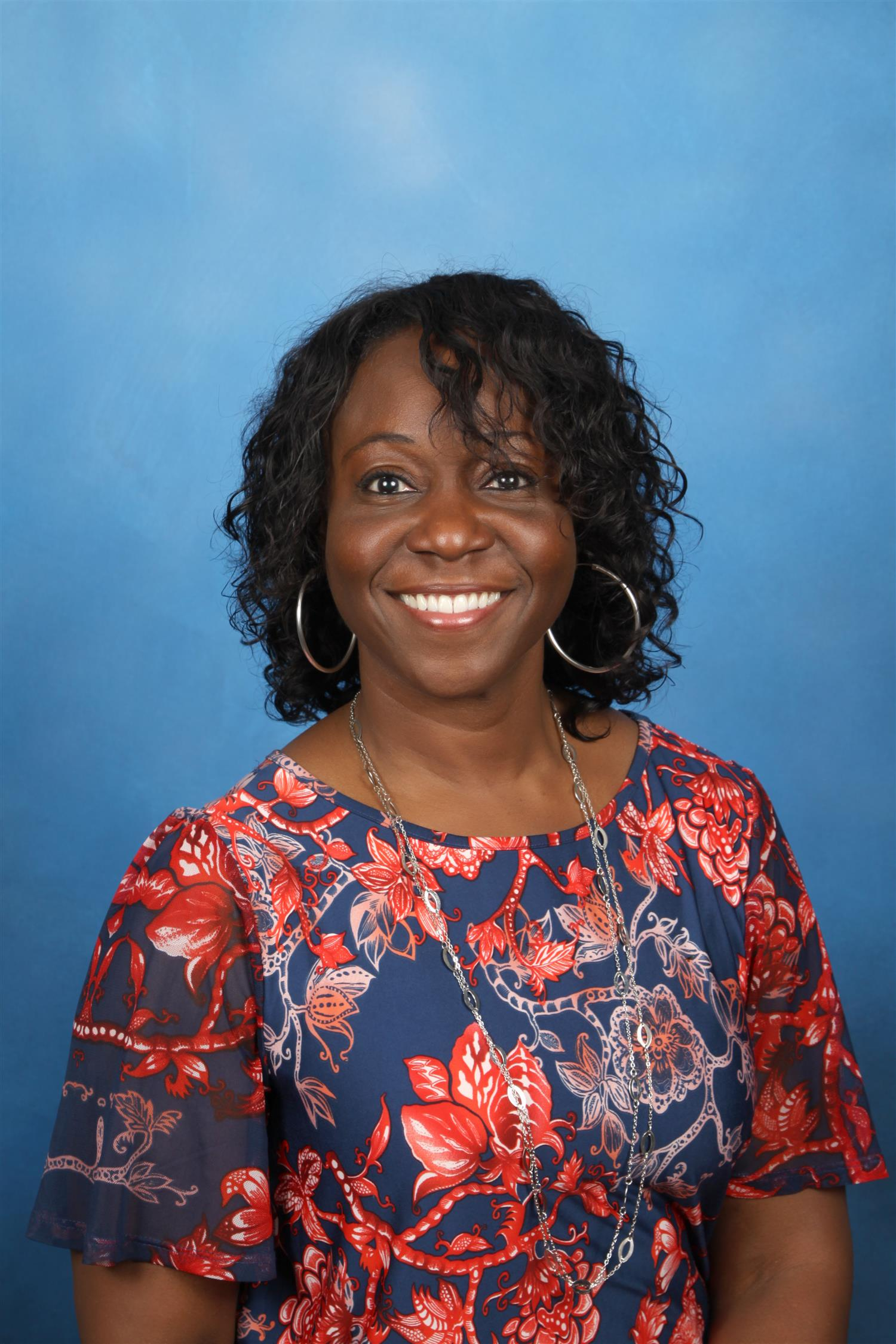 Ms. Donnia Richardson, Assistant Principal 10th - 12th Grade P - Z